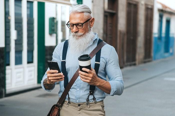 senior citizen cell phone plans free